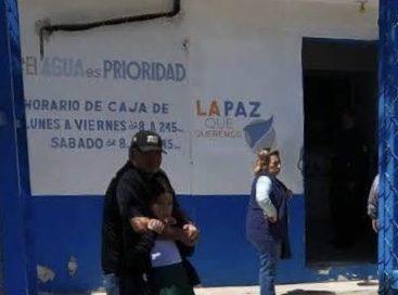 Asaltantes se llevan 30 mil pesos de caja de SAPA La Paz