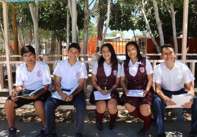 Egresan 12 mil alumnos de escuelas secundarias en BCS