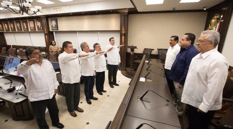 Realiza Gobernador cambios en su gabinete educativo