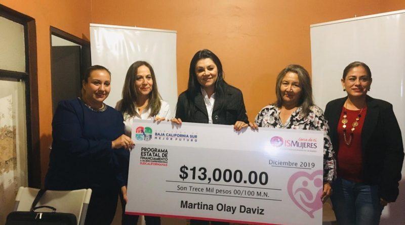 Mujeres Loretanas se benefician del programa crédito a la palabra por parte de ISMUJER