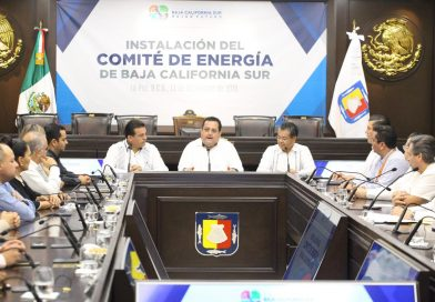 Instala Gobernador Carlos Mendoza Comité de energía de BCS