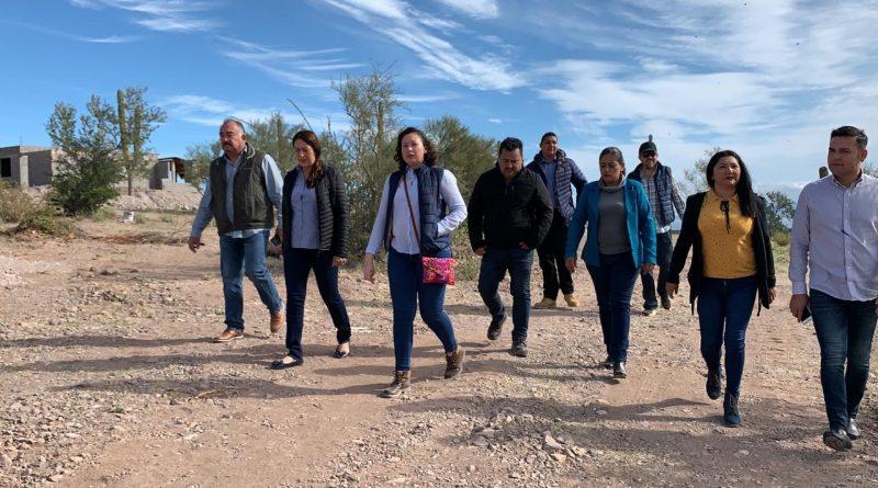 Supervisa Arely Arce obras de agua potable que se llevan a cabo en Loreto