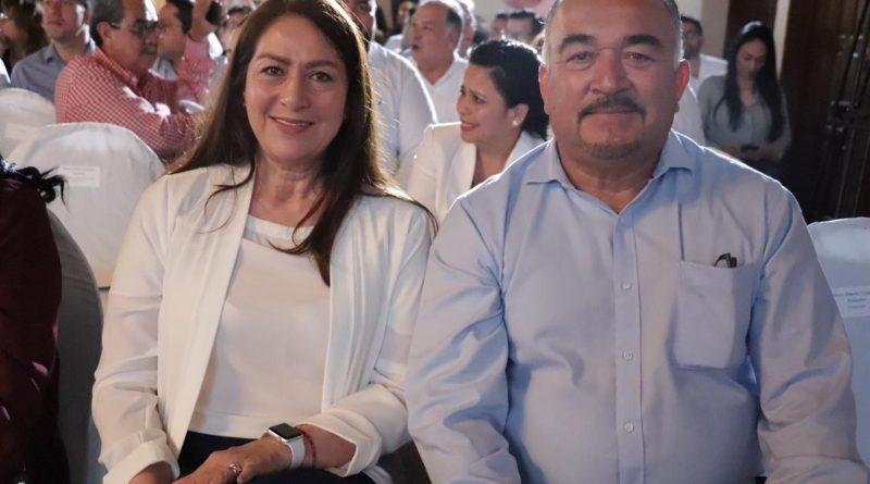 Asiste Arely Arce a la toma de protesta del Gobernador Carlos Mendoza Davis como presidente de CONAGO