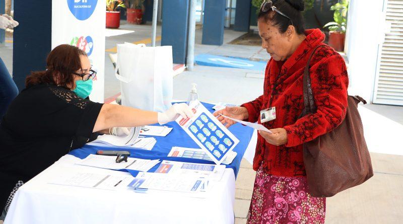 Entrega SEDIF apoyos alimentarios a personas de atención prioritaria