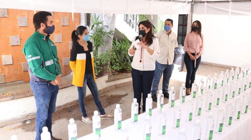 Se destinarán litros de gel antibacterial a servidores públicos y personal de salud que hacen frente a la pandemia por COVID-19