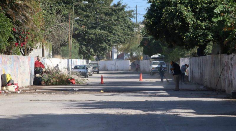 Levanta Servicios Públicos 90 ton de basura y escombros del arroyo del Esterito