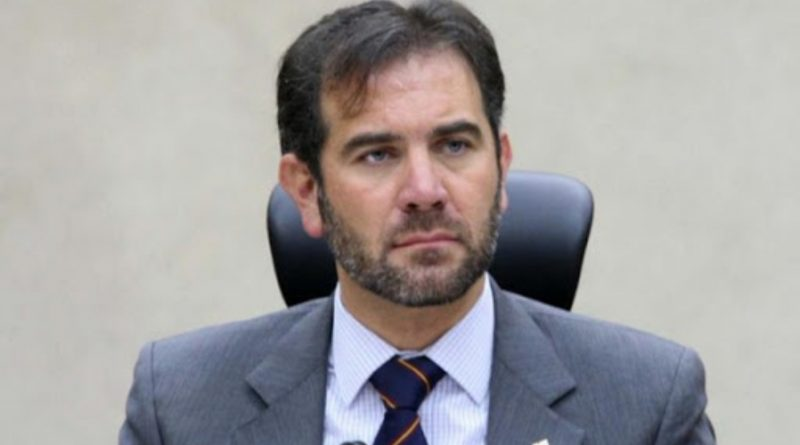 MicrópoliPor Bertoldo Velasco Silva  ¡La democracia en grave riesgo!