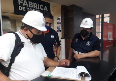 Mantiene Protección Civil Municipal inspección de empresas y comercios