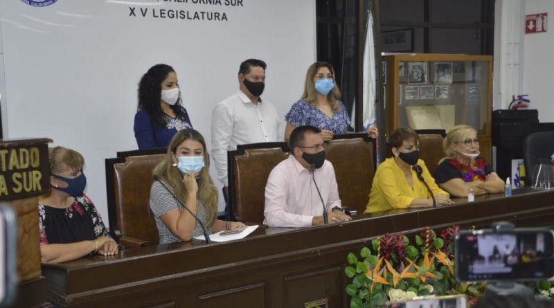 ESCAPARATE POLÍTICOPor Jesús Ojeda Castro    +Indispensable para subsistencia del PRI la alianza electoral con el PAN y el PRD para el 2021.