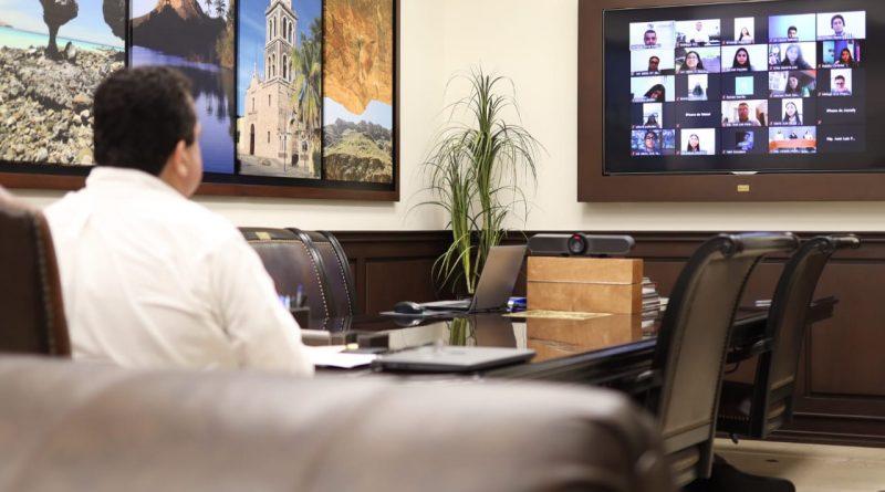 Participa Gobernador Carlos Mendoza como invitado en el Parlamento de la Juventud Sudcaliforniana
