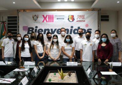 Recibe el XVI Ayuntamiento paceño al XIII Parlamento de la Juventud