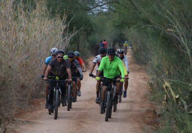 Acompañados por Raúl Alcalá, autoridades realizan la primera rodada en el Eco Parque de la Juventud