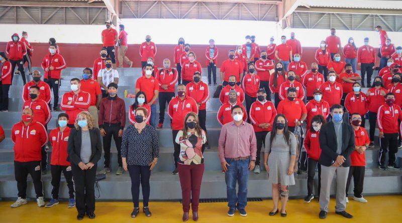 Alcaldesa Armida Castro entregó más de $4 mdp en material deportivo a atletas y entrenadores del municipio