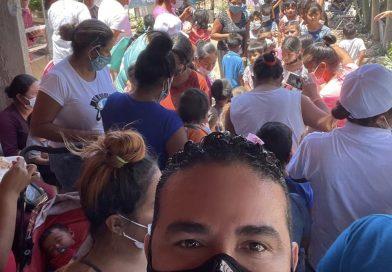 """Alejandro Rojas festeja """"El Día Del Niño"""" en las colonias más Olvidadas"""