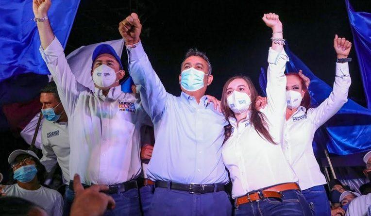 ESCAPARATE POLÍTICO Por Jesús Ojeda Castro     +Realiza IEE primer debate entre los 10 candidatos a gobernar la entidad
