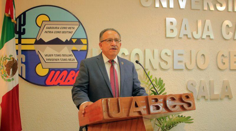 Presenta Dr. Dante Salgado su segundo informe como rector de la UABCS