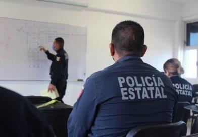 Recibe policía estatal cursos y pláticas en temas de técnicas operativas
